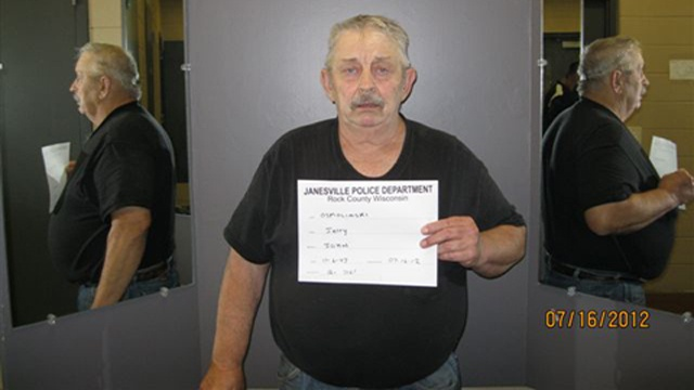 Police: Mich. man travels to Janesville to sexually exploit girl