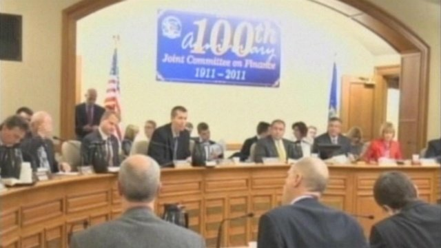 Lawmakers finalize state budget issues