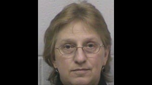 Former nursing home secretary pleads no contest to theft charges