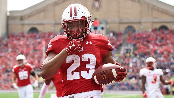 Wisconsin running back Taylor named to Maxwell Watch List