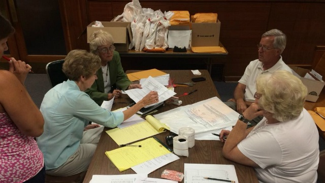 Open ballot bags questioned in 17th Senate District recount
