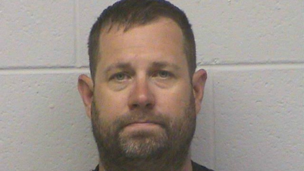 Monroe man pleads guilty to sexually exploiting 16-year-old girl