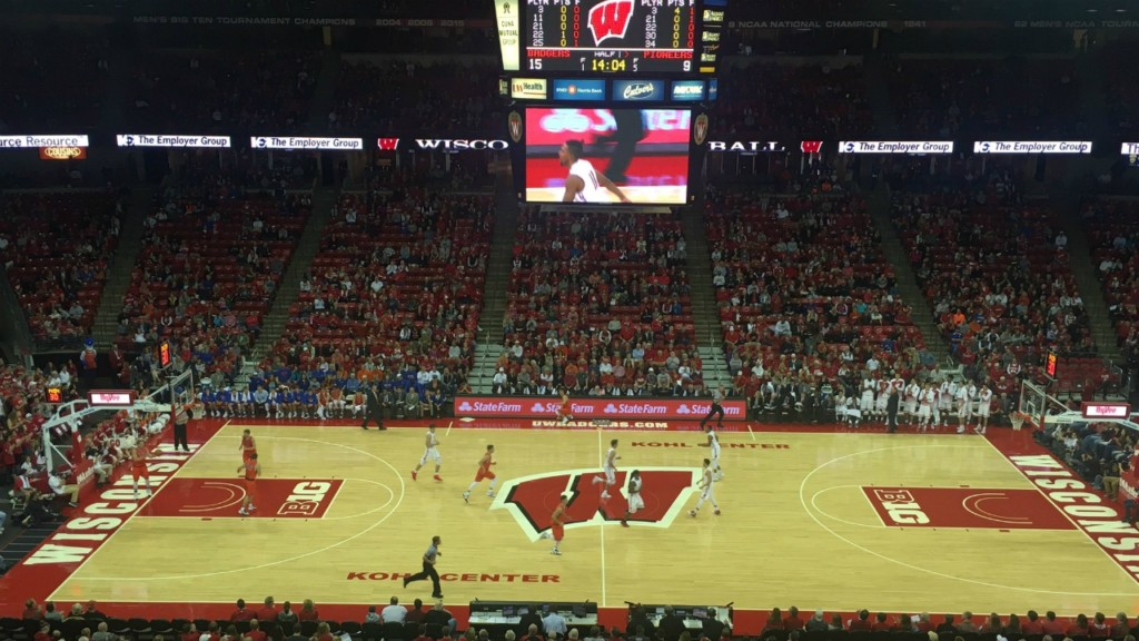 Iverson scores 17, Badgers overpower Yale in easy win