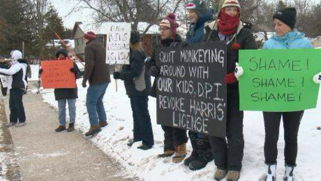 Parents want Middleton teacher's license revoked