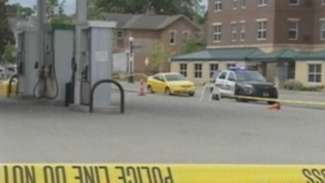 Suspect in La Crosse slaying still at large