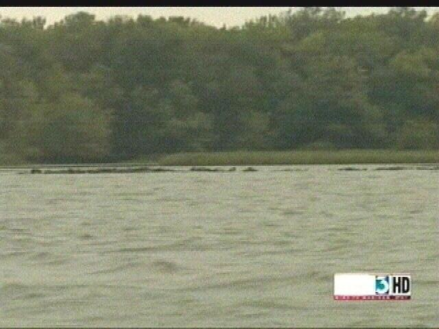 Koshkonong's water levels affect fish, businesses