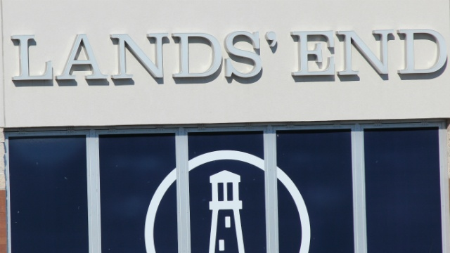 Lands' End signs contract to outfit Weather Channel staff