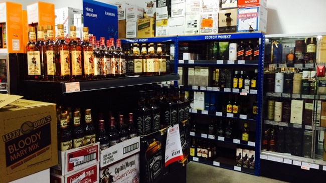 Minnesota liquor store opens Sunday ahead of new state law