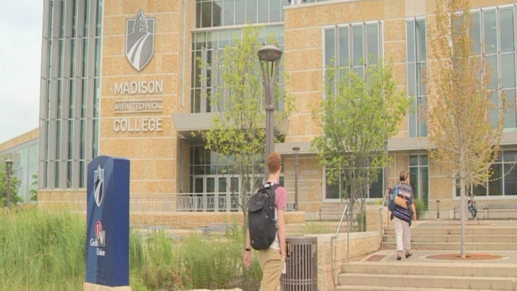 Madison College-Edgewood partnership eases transition between schools