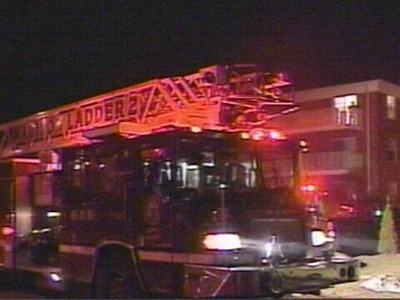 Fire causes $15K in damage to apartment complex