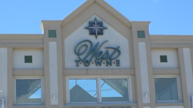 Woman robbed in bathroom stall of West Towne Mall