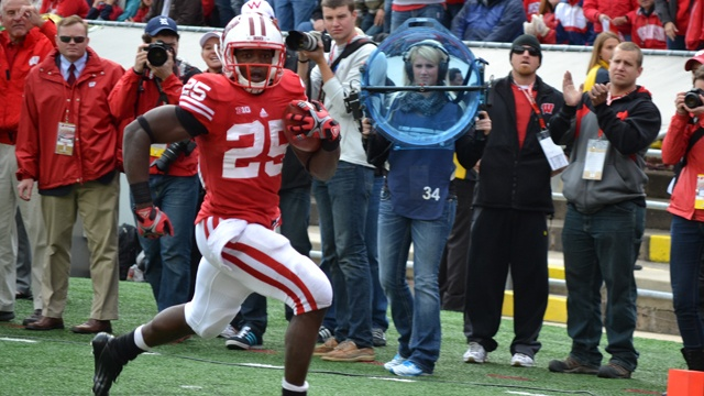 Badgers RB Gordon says he is going pro