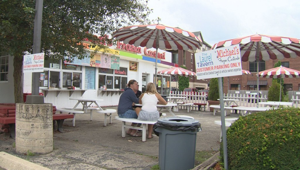Customers sad to see Michael's Frozen Custard location go: 'It's been here forever and ever'