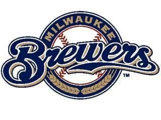 Brewers slip by Giants 4-3