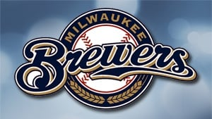 Weeks' HR gives Brewers win