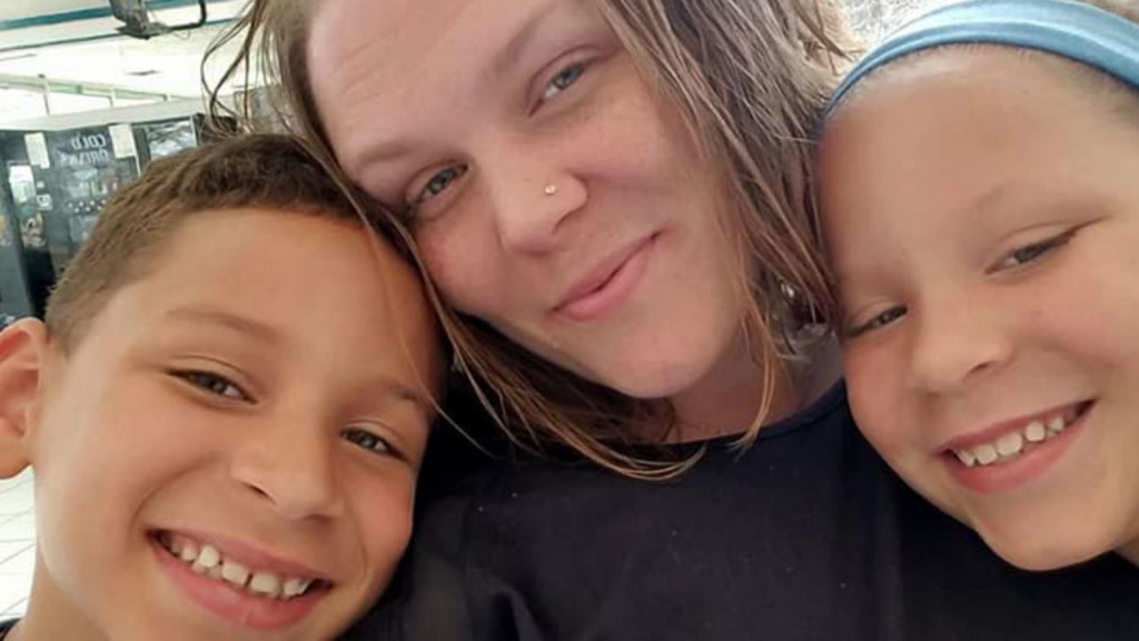 ER nurse, doctor asking for help in aiding family who lost 10-year-old son in fatal crash