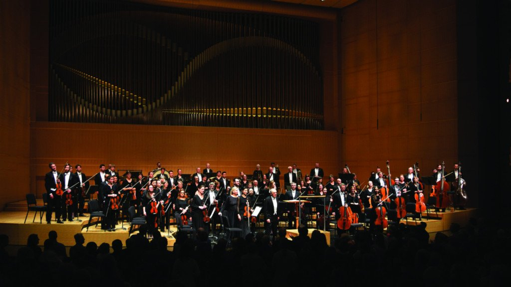 Symphony review: MSO concert mixes music, stagecraft