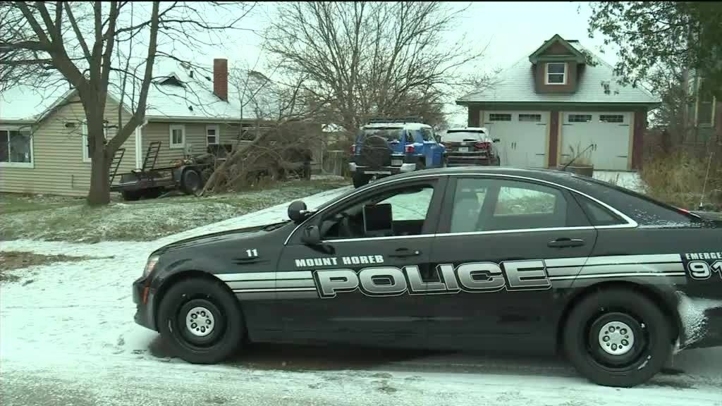 Official IDs man who died following Mt. Horeb crash