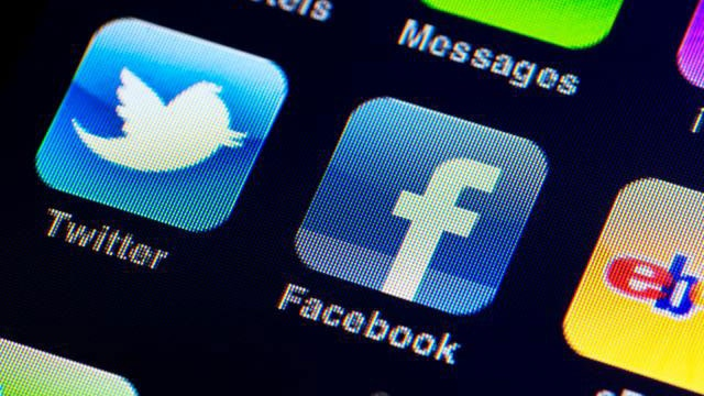 Consumer Reports: Social media tips for your next job search