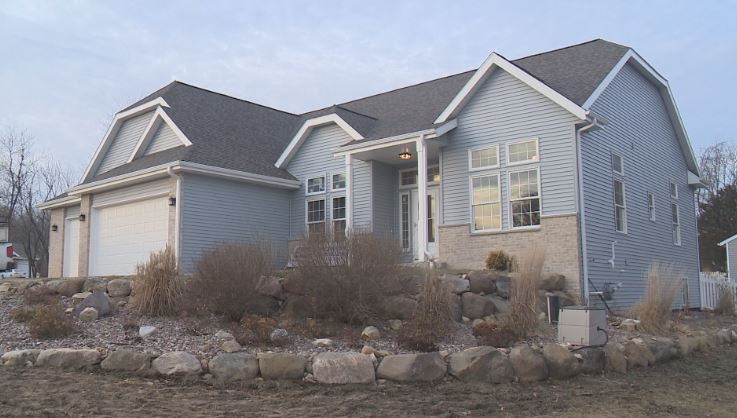 Edgerton family who lost their home on 4th of July surprised with finished home before Christmas