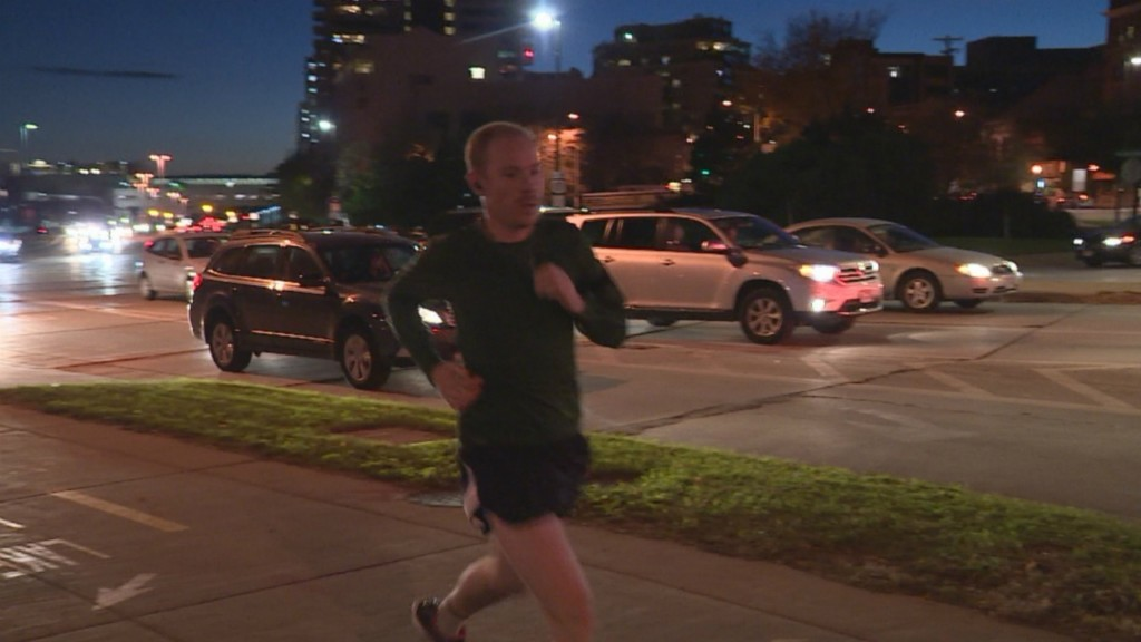 As days get shorter, runners encourage nighttime safety
