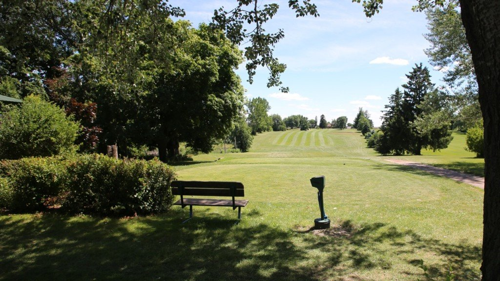 Best of the 'Burbs: Golf course