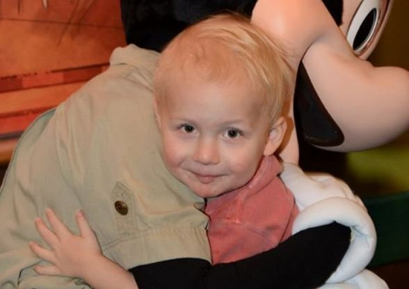 Community supports boy fighting for his life