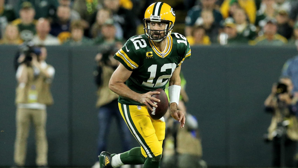Packers survive late scare from Cowboys, 34-24