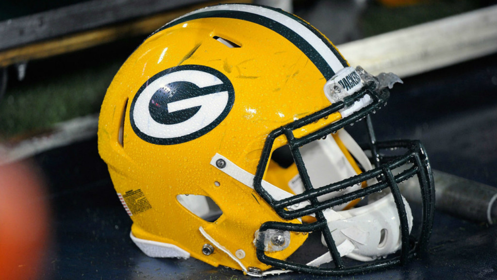 Packers pick up defensive back Tremon Smith