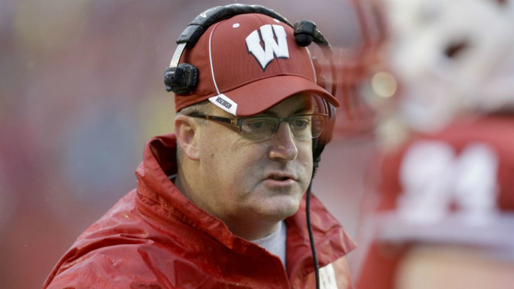 Badgers head coach Chryst named Big Ten Coach of the Year