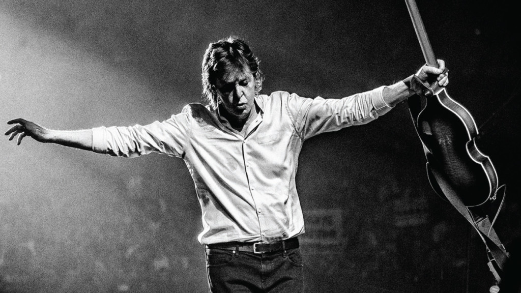 In first-ever Madison show, Paul McCartney takes fans on a Magical Mystery Tour