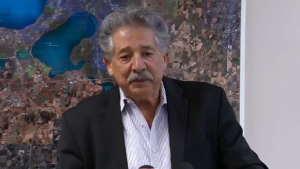 LIVE: Mayor Soglin discusses efforts to curb police calls to west Madison apartment complex