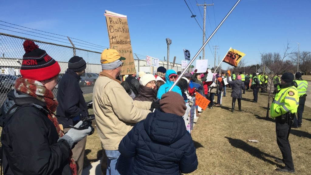 Protesters greet Pence during Janesville visit