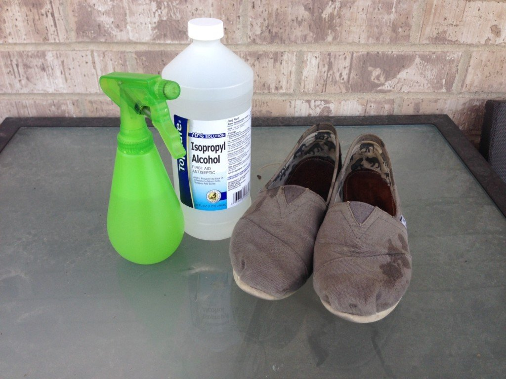 2-ingredient spray doesn't get rid of stinky shoe smell