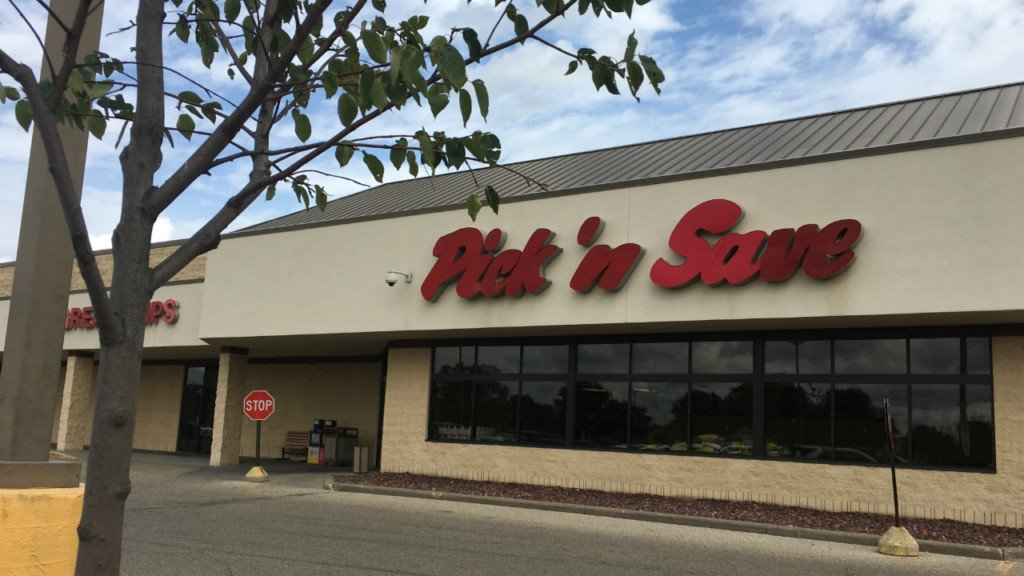 Janesville residents react to south side's only grocery store closing