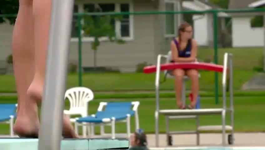 15-year-olds could work as lifeguards under state bill