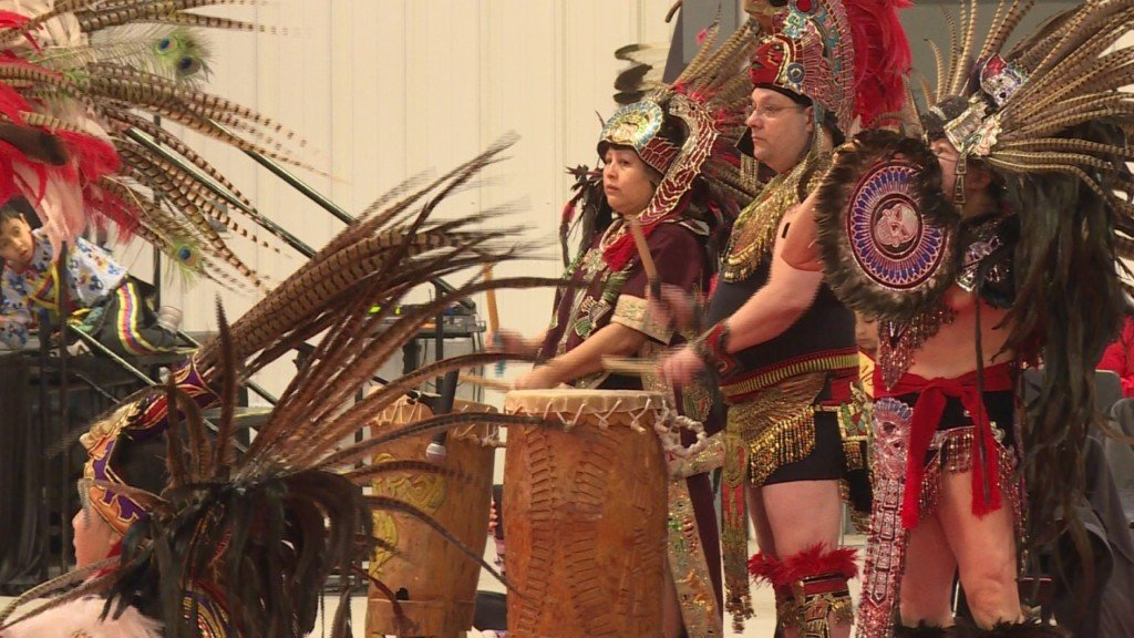 Wisconsin spring powwow celebrates Native American culture