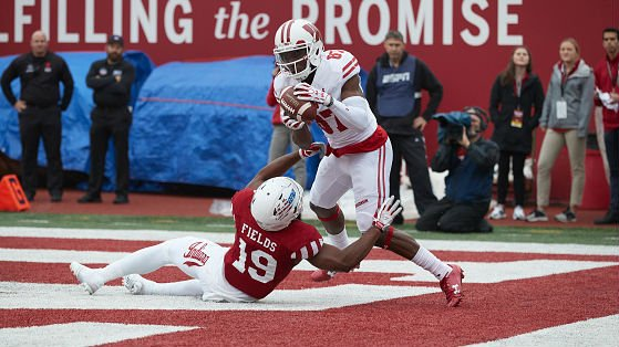Badgers receiver Cephus practices for the first time since his return