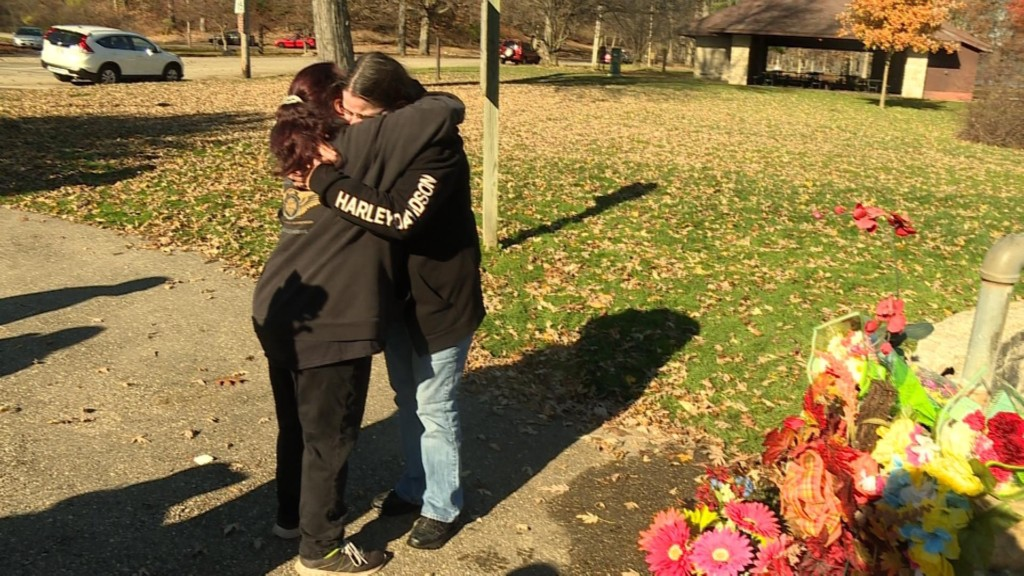 Friends, family honor man killed in Janesville park crash