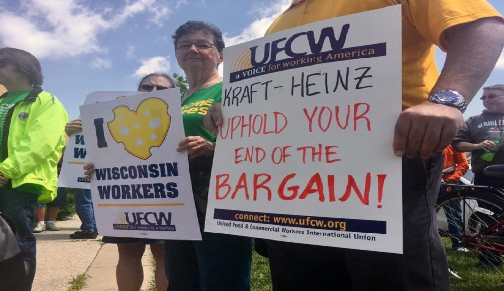 Oscar Mayer employees rally against KraftHeinz actions in final weeks of production