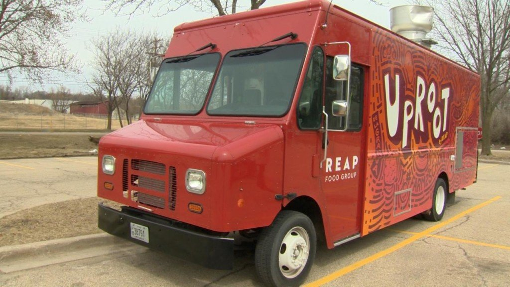 Locally sourced food truck makes way to Madison schools