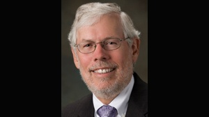 UW-Whitewater chancellor announces retirement