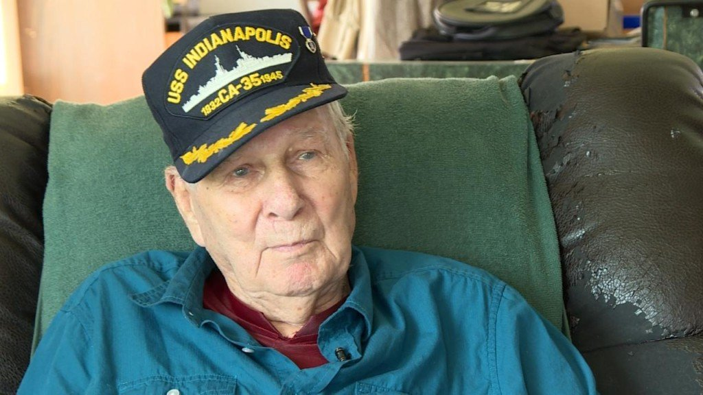 USS Indianapolis wreckage discovered; One of last survivors recalls harrowing ordeal