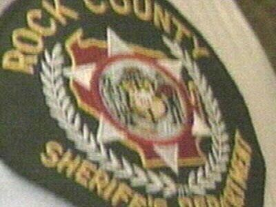 Drivers report police officer impersonation incidents in Rock County