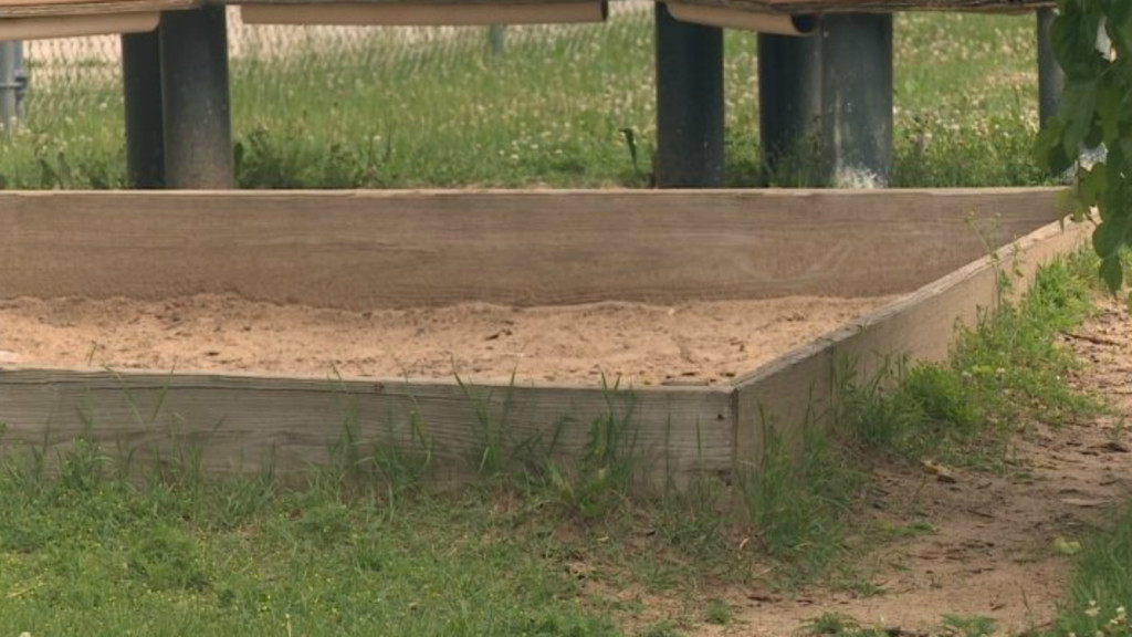 Bacteria in sandboxes pose health risk to children, experts say