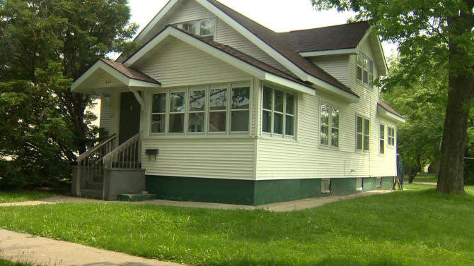 Police release autopsy results of mother, son found dead in Sauk City house