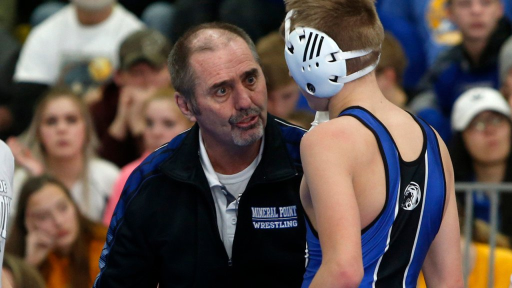 'Mineral Point was where I wanted to be': 26 individual champs later, local wrestling coach retires