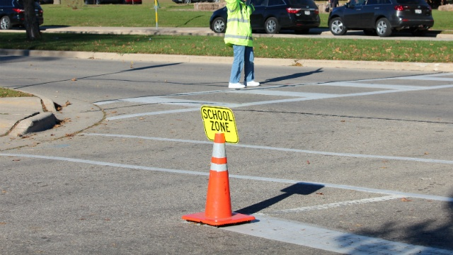 Distracted drivers put crossing guards, children at risk