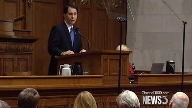 Walker calls for income tax cut in budget plan