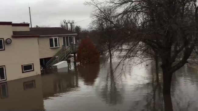 Flooding at Little Sugar River leaves Monticello underwater